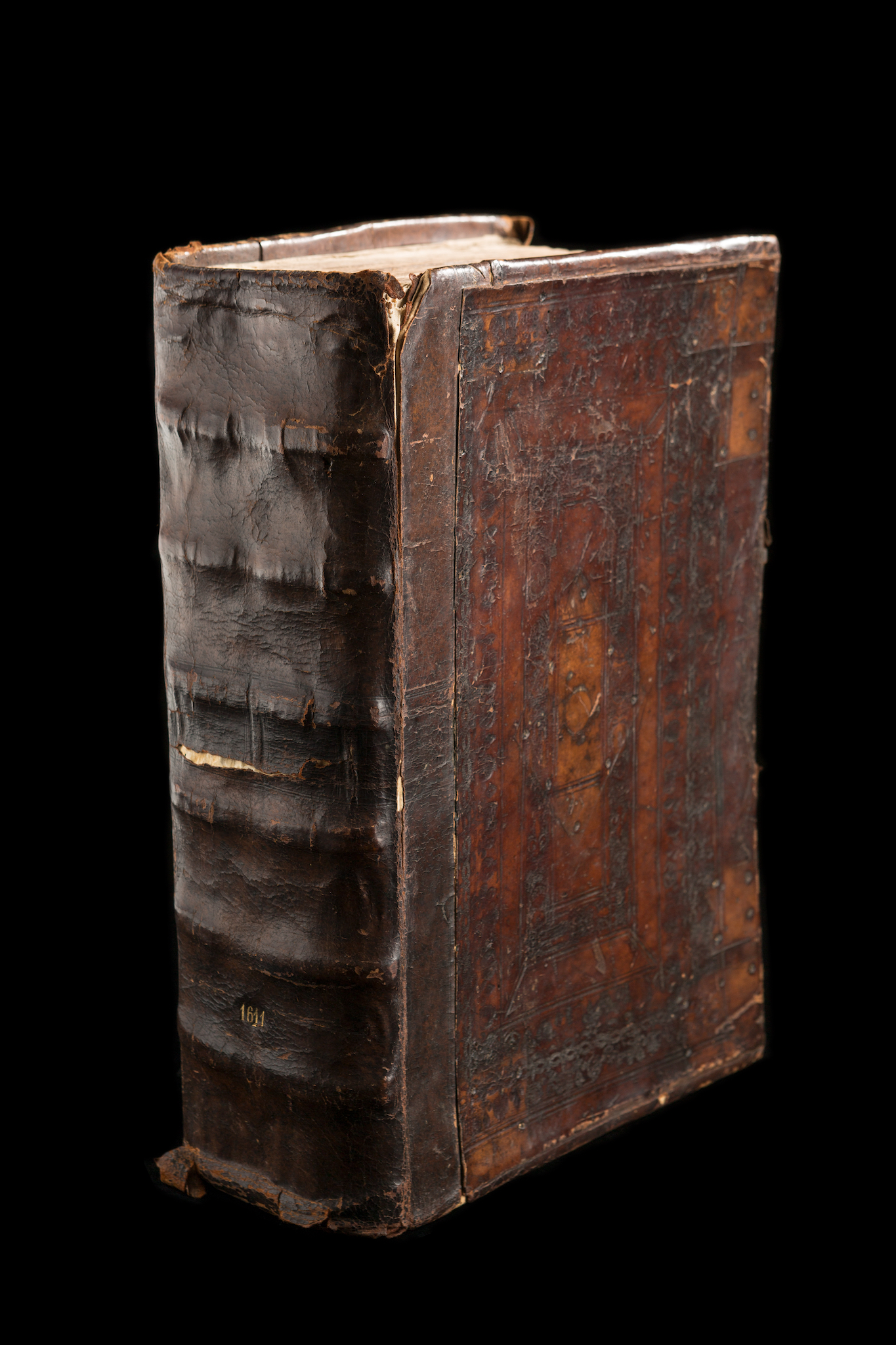 """King James Bible (London, 1611), 1st ed , """"He"""" issue  